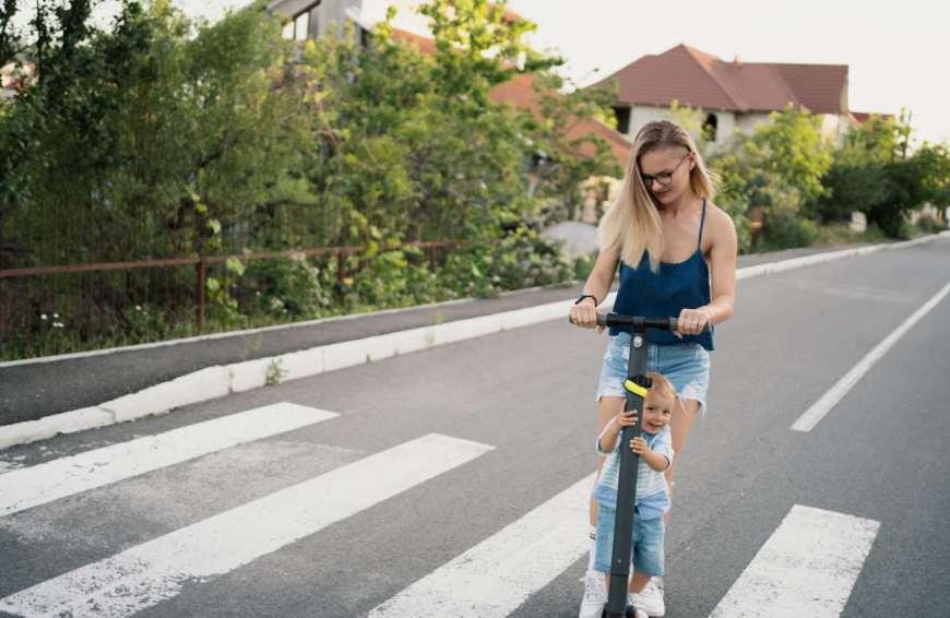 Avantages de la trottinette électrique à Bordeaux
